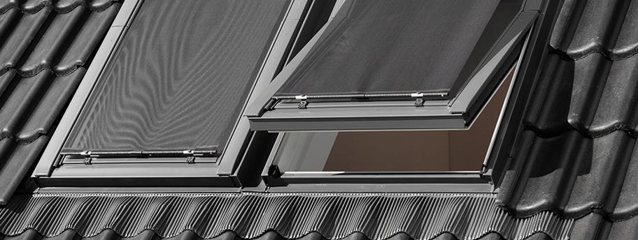 Awning blind for DAKSTRA roof windows protects from overheating